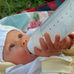 Cómo esterilizar los biberones del bebé