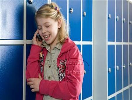 Teléfonos celulares en la escuela