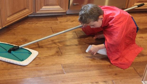 Involucra a tus hijos en las tareas hogareñas