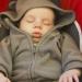 Recomiendan no dejar dormir a los bebés en asientos de coche